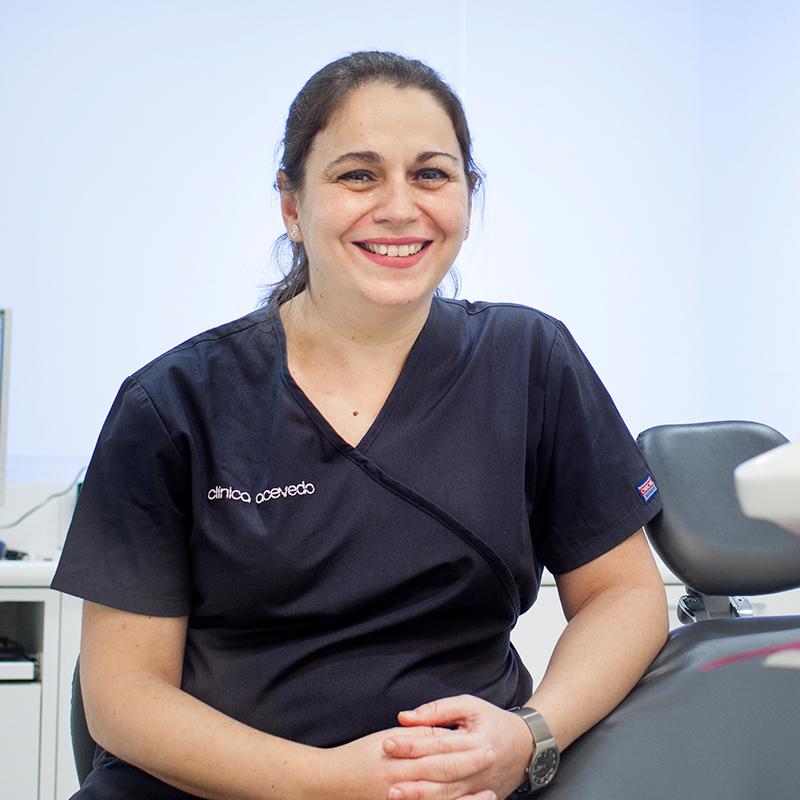 Especialistas dentales - Clínica Acevedo
